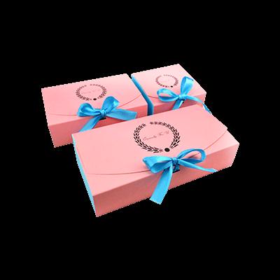Custom Paper Cake Boxes!