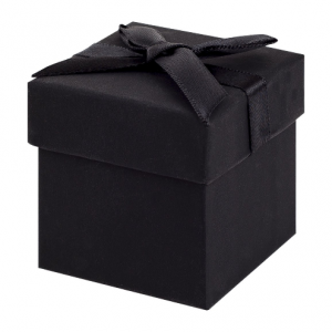 Black Earring Cube Gift Box 01
